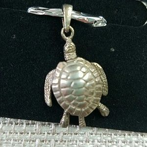 Sterling articulated Sea Turtle Charm Pendant